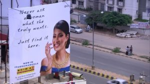 Billboard z Bangalore, zdroj Framepool